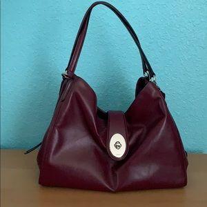 COACH plum-burgundy shoulder bag (large)